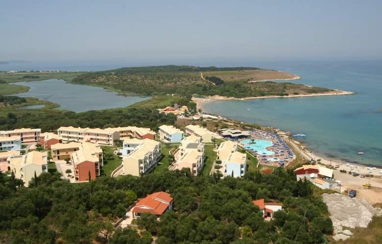 Mareblue Beach - Hotel - 4