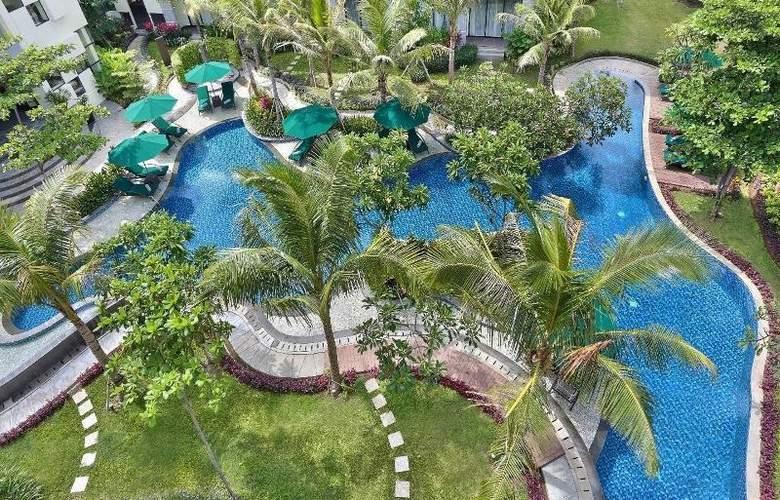 Bali Nusa Dua Hotel & Convention - Pool - 20
