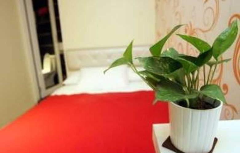 The Green Hotel Taman Maluri - Room - 9