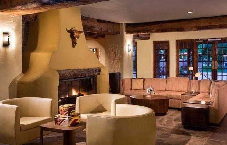 Courtyard Albuquerque - Hotel - 11