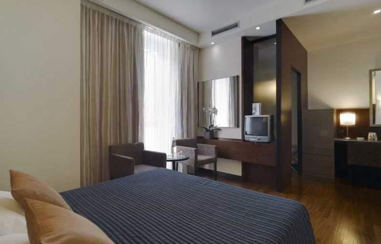 NH Bergamo - Room - 10