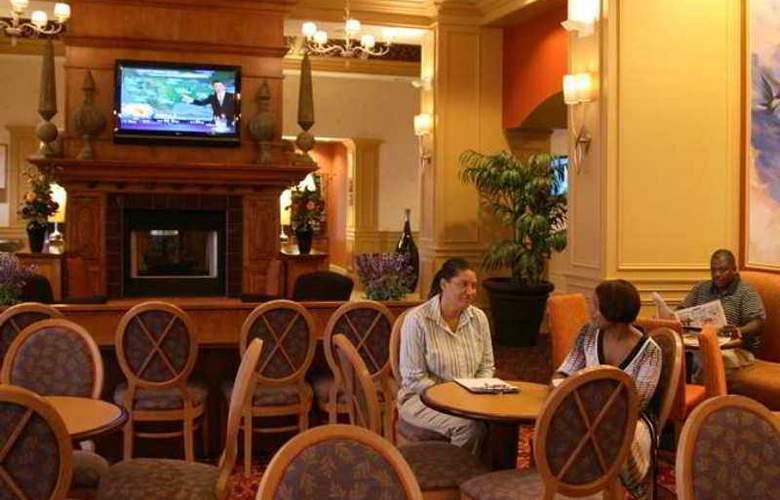 Hampton Inn & Suites Raleigh Durham Airport - Hotel - 4