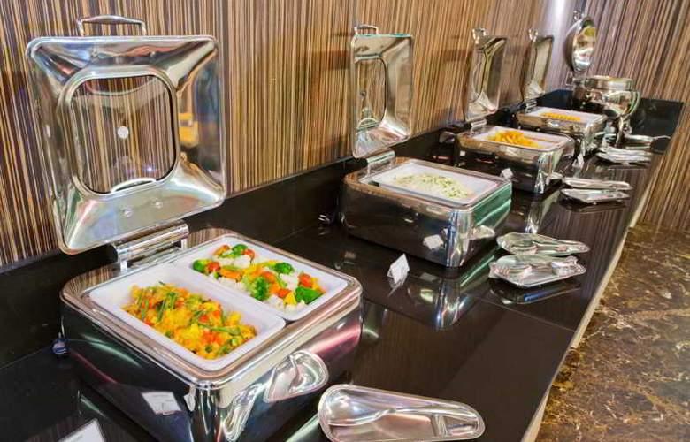 Kingston Suites - Restaurant - 15