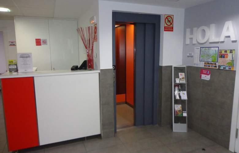 Hostel Soria (ex-Art Spa) - General - 1