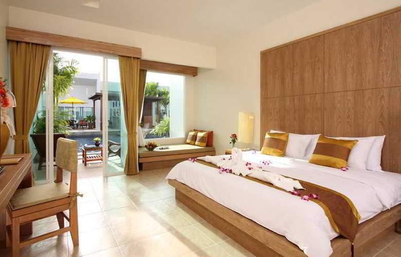 Kata Lucky Villa & Pool Access - Room - 13