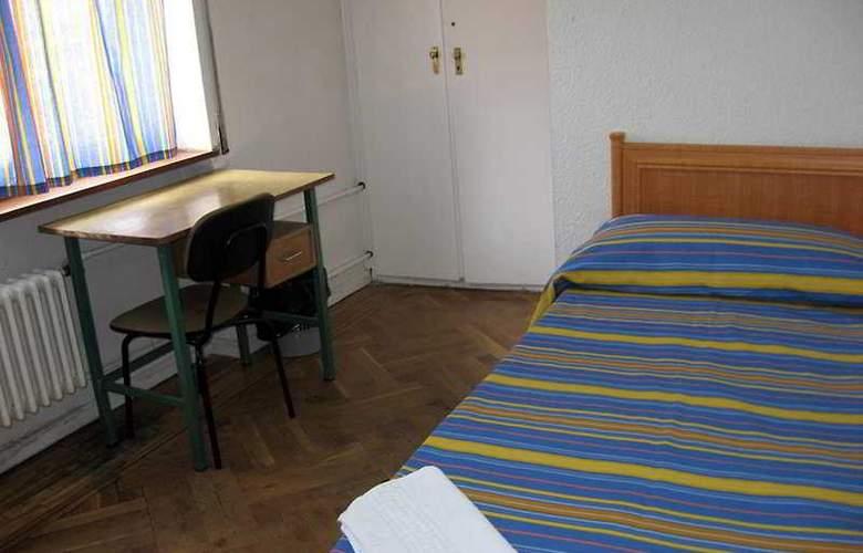 Arti II - Room - 2