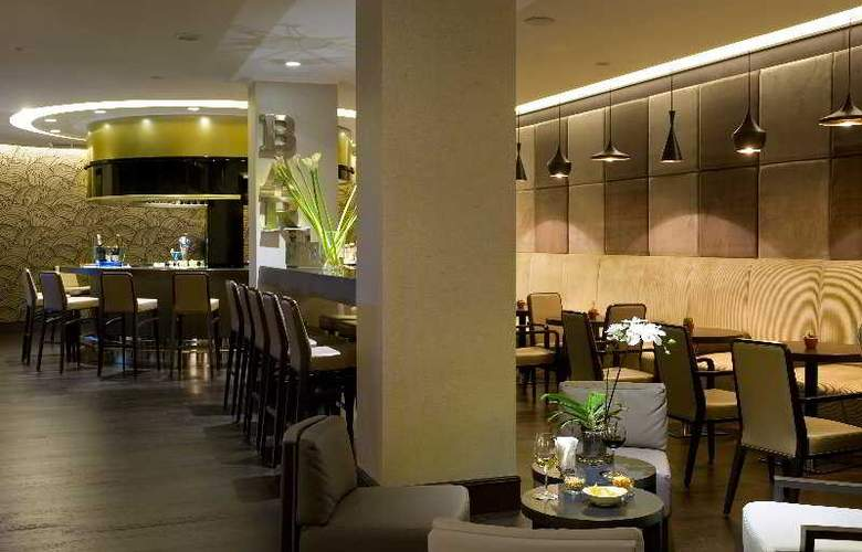 Crowne Plaza Rome-St. Peter's - Bar - 11