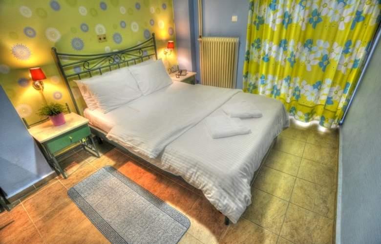 Anita - Room - 6