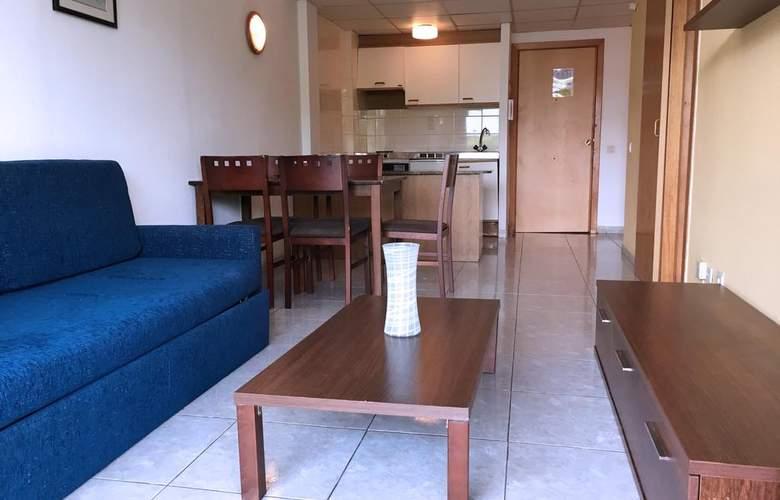 Apartamentos Catalonia Gardens - Room - 2