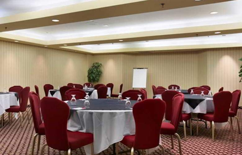 Ramada Hotel Niagara Falls - Conference - 6
