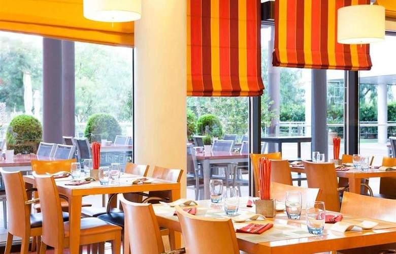 Novotel Barcelona Cornella - Restaurant - 45