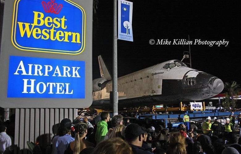 Best Western Airpark Hotel - Hotel - 23