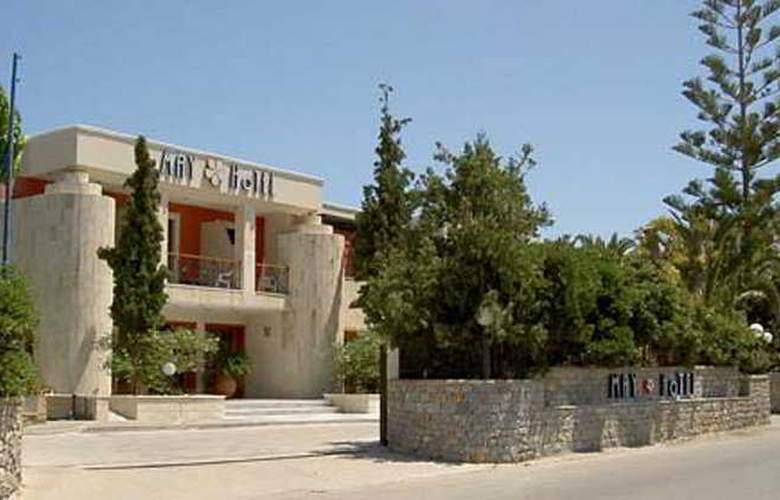 May - Hotel - 0