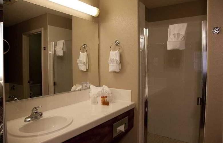 Tuscany Suites & Casino - Room - 12