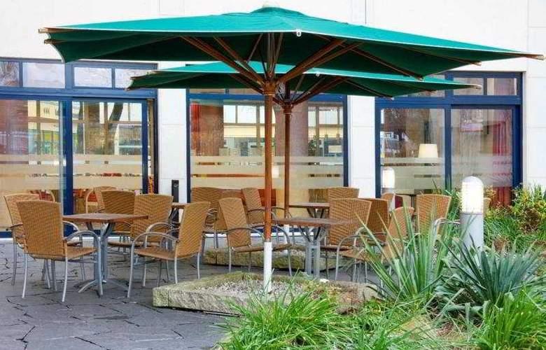 Holiday Inn Express Berlin City Centre - Terrace - 8