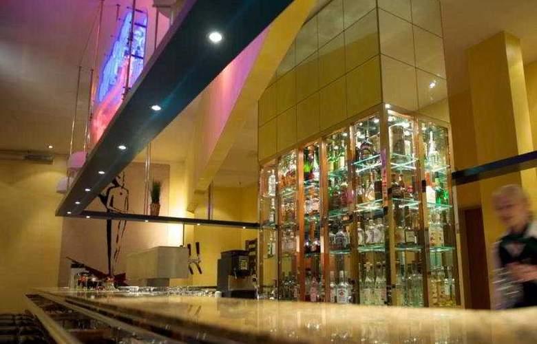 Radisson Blu Hotel Fuerst Leopold - Bar - 6