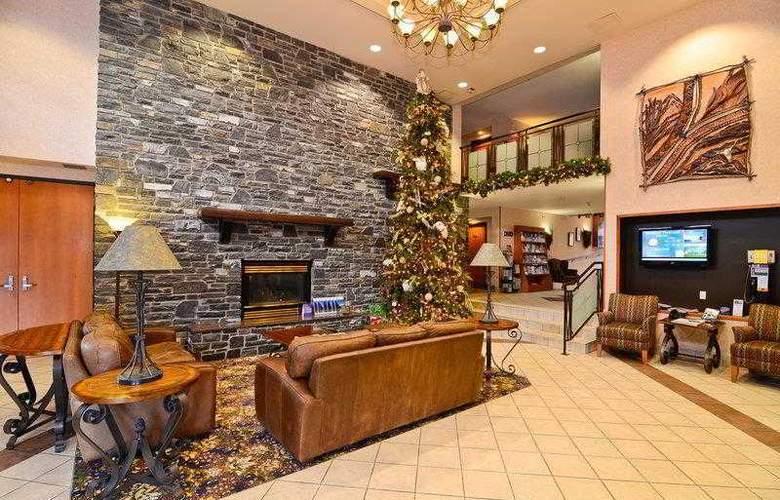 Best Western Plus Pocaterra Inn - Hotel - 24