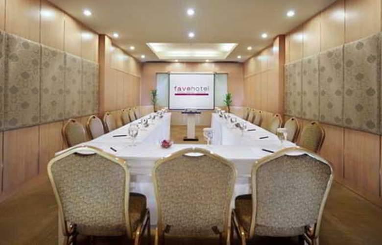 Favehotel Kelapa Gading - Conference - 8