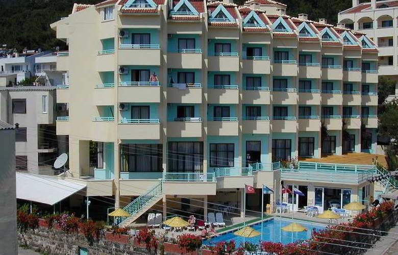 Banu - Hotel - 0