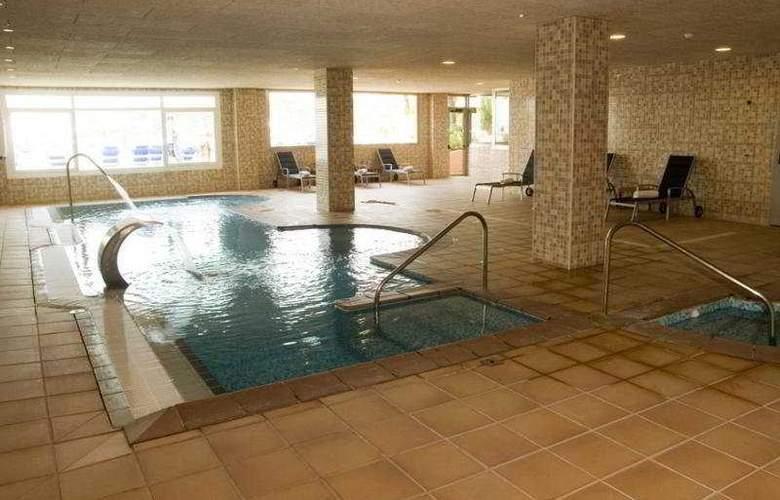 Best Negresco - Pool - 28