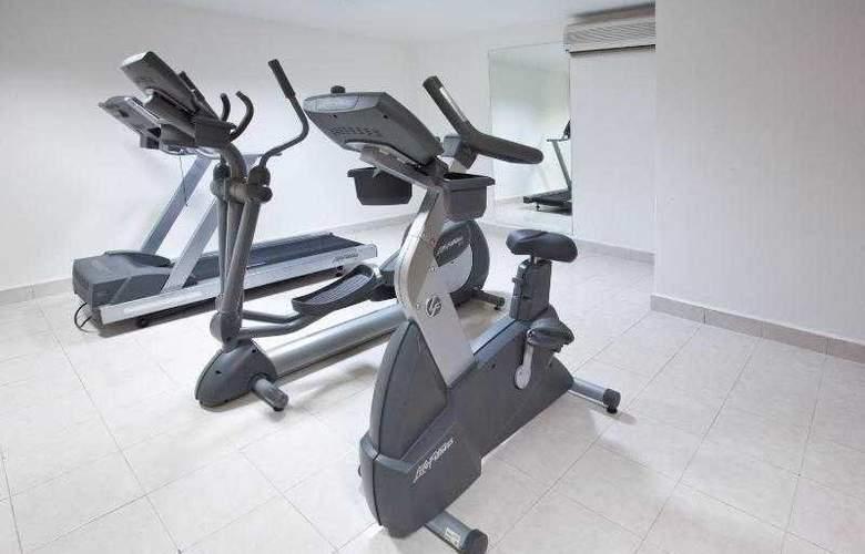 Holiday Inn Cancun Arenas - Sport - 29
