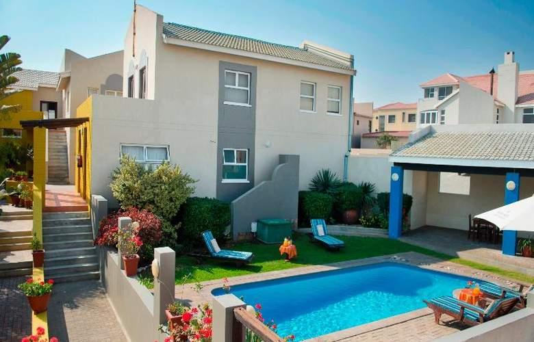 Protea Hotel Long Beach Lodge - Pool - 11