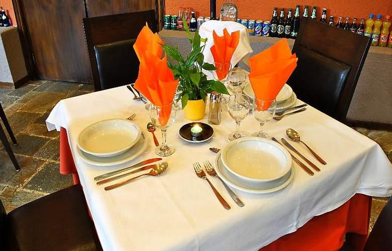 Arahova Inn - Restaurant - 35
