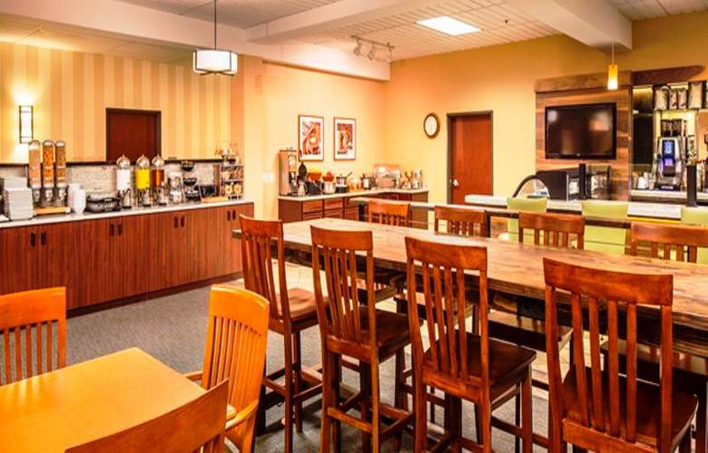 DoubleTree by Hilton Hotel Bend - Restaurant - 15