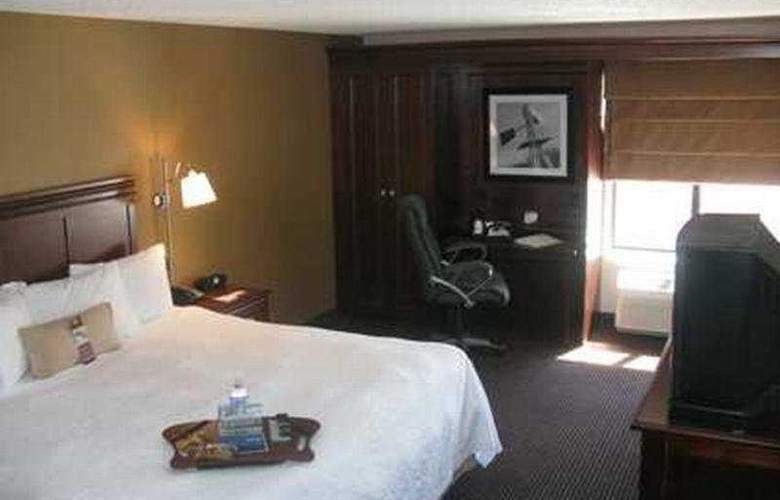 Hampton Inn Sioux Falls - Room - 8