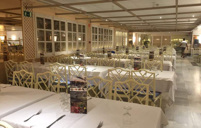 Prestige Sant Marc - Restaurant - 18