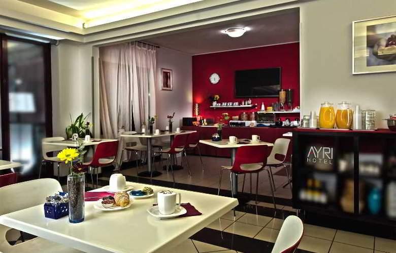 My One Hotel Ayri - Restaurant - 6