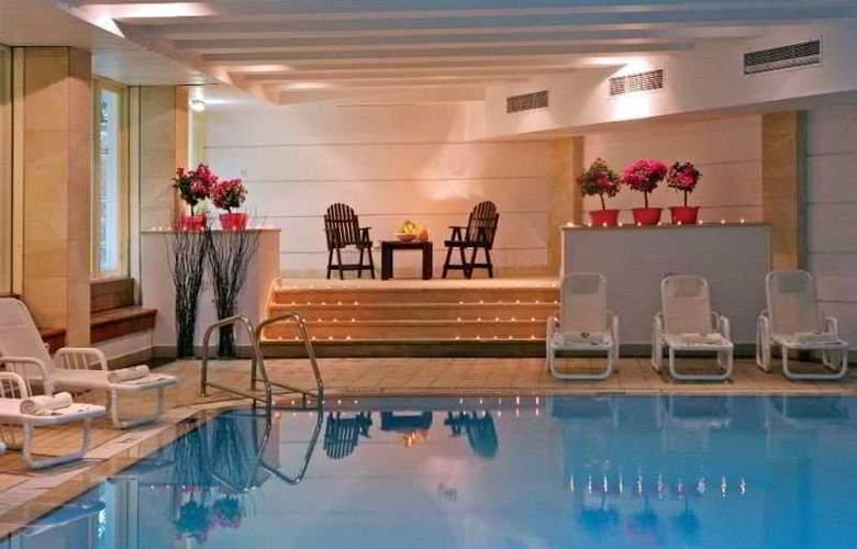Napa Mermaid Hotel & Suites - Pool - 8