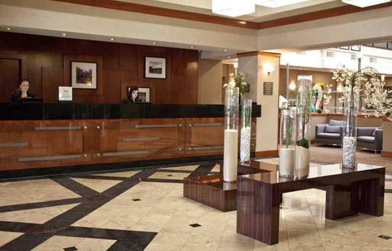 Embassy Suites Louisville - Hotel - 0