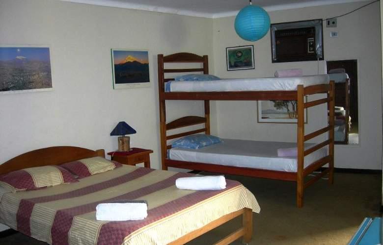 Casa Internacional Los Aventureros - Room - 17