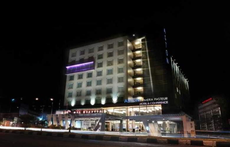 Aston Primera Pasteur Hotel & Conference Center - Hotel - 10