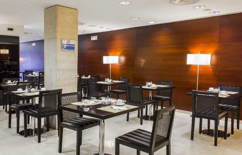 Zenit Murcia - Restaurant - 28