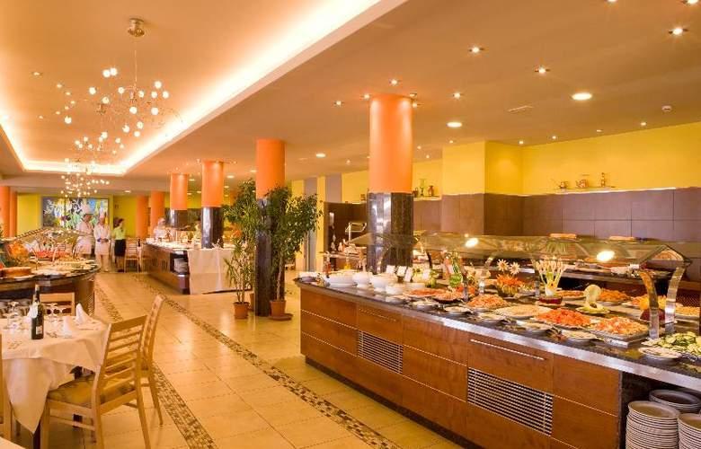 Universal Romantica - Restaurant - 25