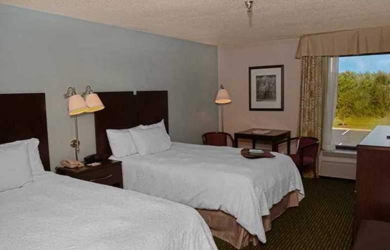 Hampton Inn Sanford - Hotel - 1