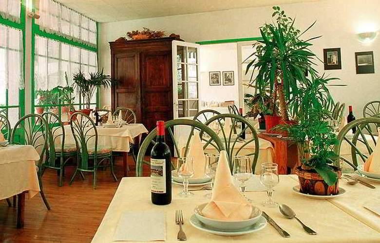 Les Falaises - Restaurant - 5