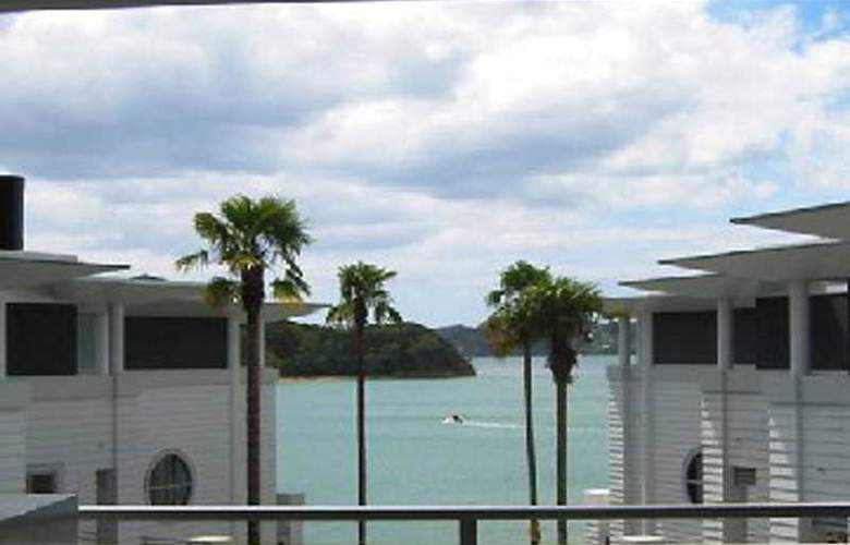 The Waterfront Suites Paihia - General - 2
