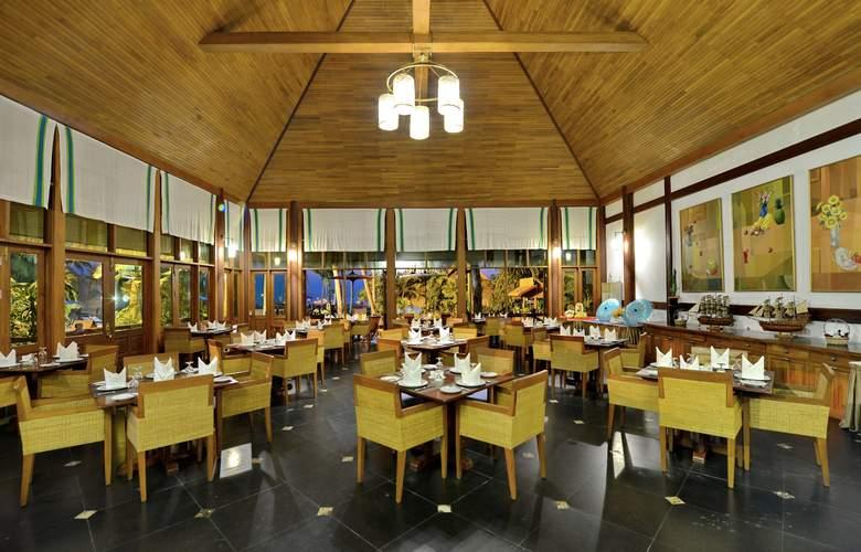 Myanmar Treasure Resort - Ngwe Saung - Restaurant - 5