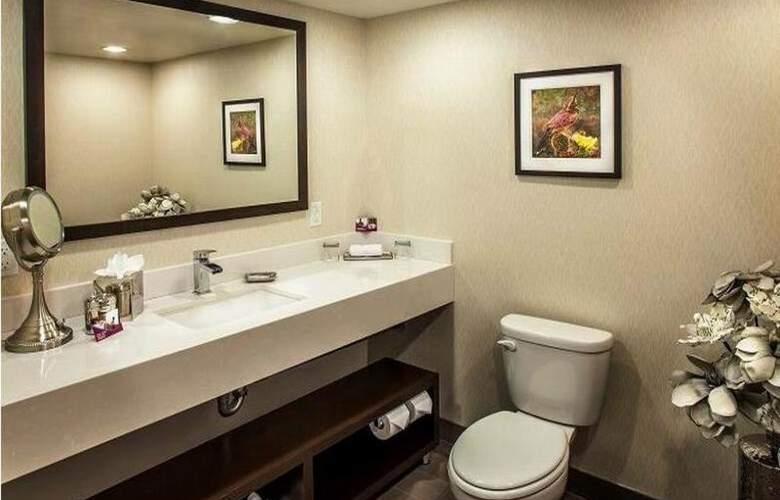 Crowne Plaza Phoenix Airport - Room - 17