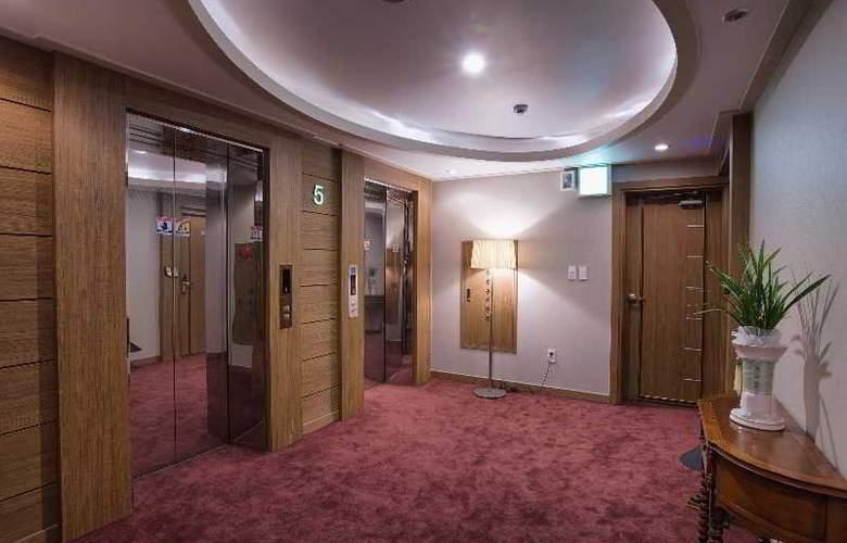 LEX Tourist Hotel - General - 4