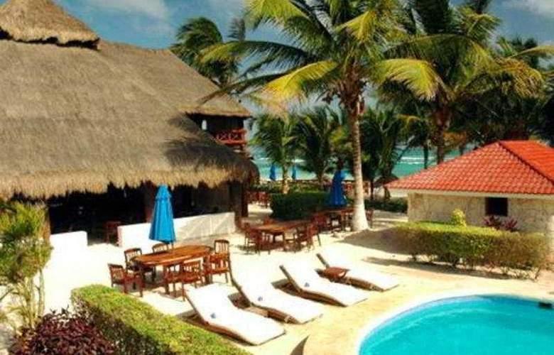 Ana y Jose Charming Hotel & Spa - Pool - 4