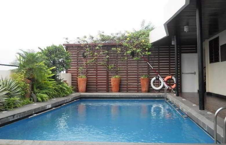 Palace Hotel Saigon - Pool - 18