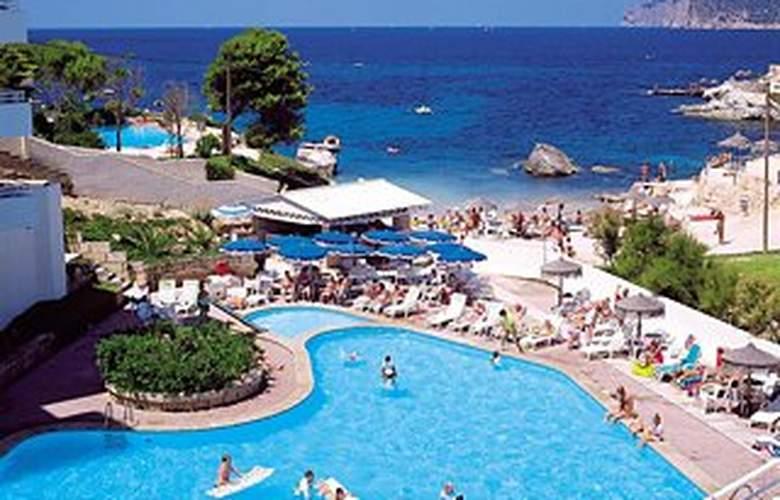 Fergus Style Cala Blanca Suites - Pool - 0