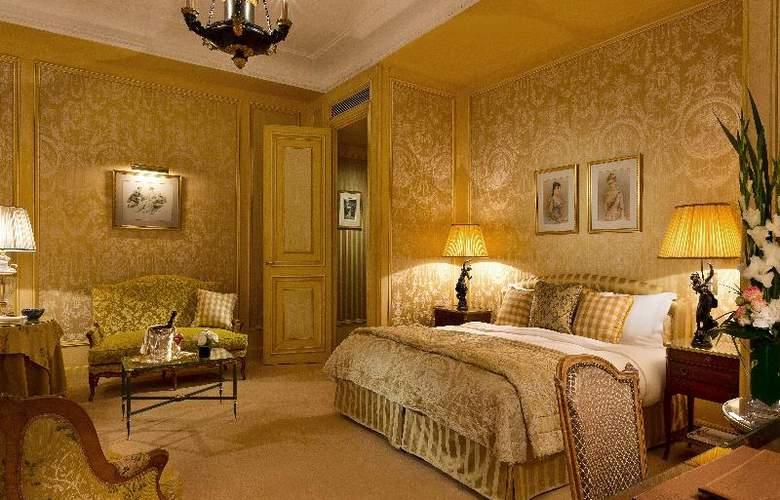 San Regis - Room - 19