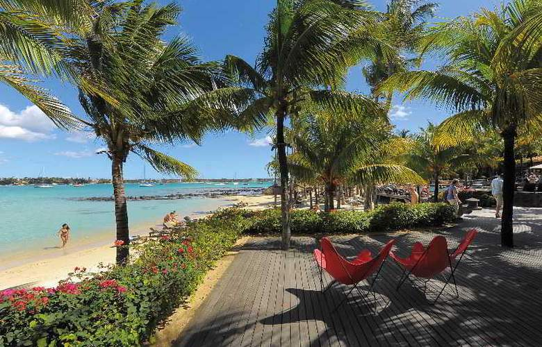 Le Mauricia Beachcomber Resort & Spa - Beach - 32