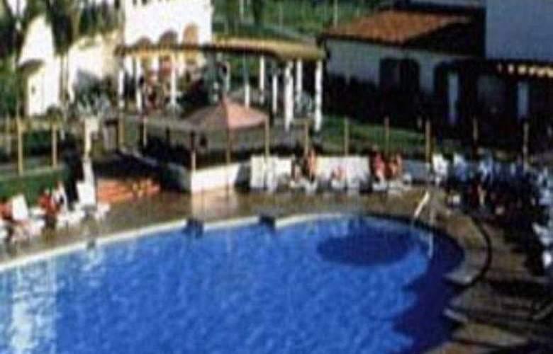Hilton Santa Barbara Beachfront Resort - General - 1
