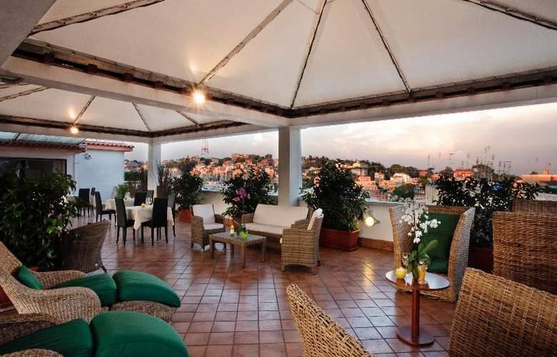 Grand Hotel Tiberio - Terrace - 26